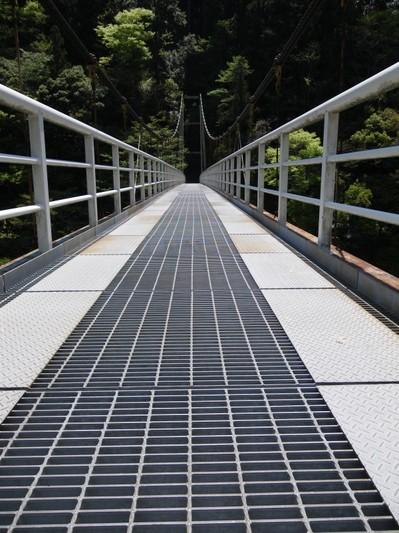 橋の上.jpg
