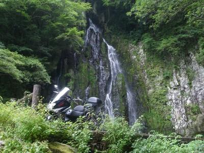 余の滝2.jpg