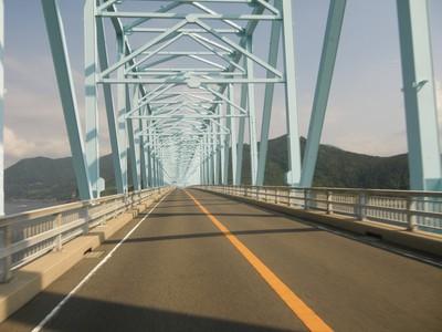生月大橋通過中.jpg