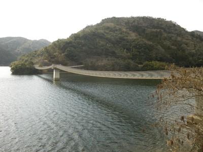香下ダム吊り橋.jpg