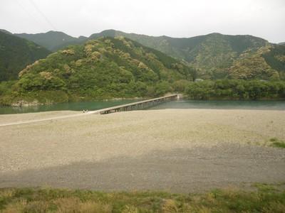 勝間の沈下橋.jpg
