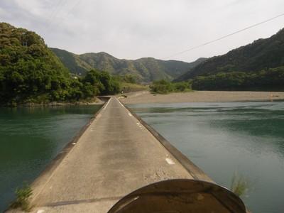 三里の沈下橋.jpg
