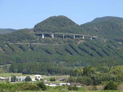 えびのループ橋.jpg